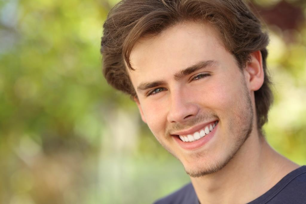 Cosmetic dentist in Livermore